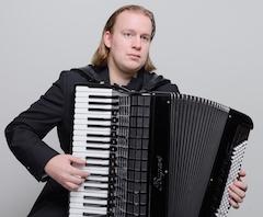 Vrijdag 26 juni eindexamen accordeon Leo van Lierop in Tilburg